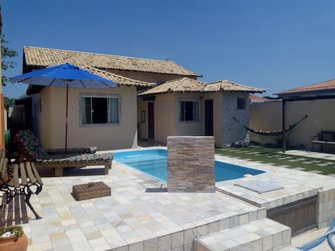 Suite 1 independente, de casal, com piscina.