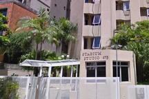 Flat ao lado da Av. Paulista maior que a maioria em São Paulo