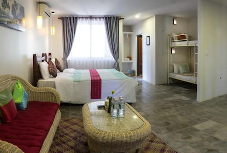 Our privet suite family room good up to 7 people (Airbnb bedroom 8 or 9)