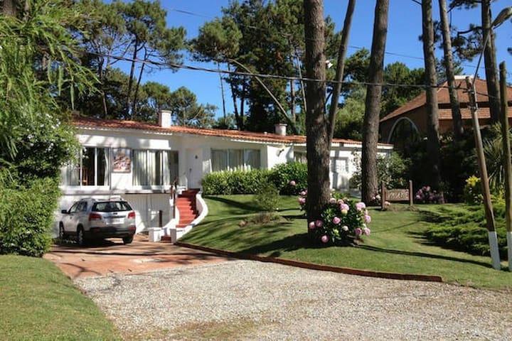 Casa Punta del Este - Playa Brava - San Rafael