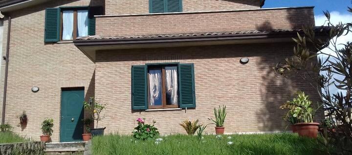Villetta - in appartamento Perugia-Olmo C. Argento
