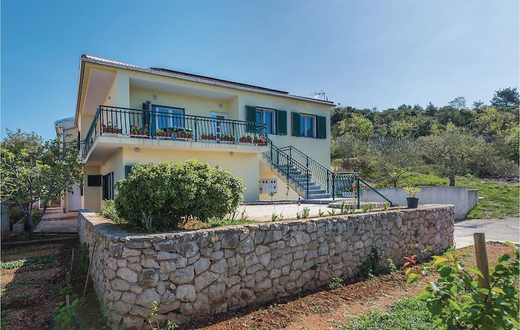 Holiday apartment with 1 bedroom on 78m² in Sibenik