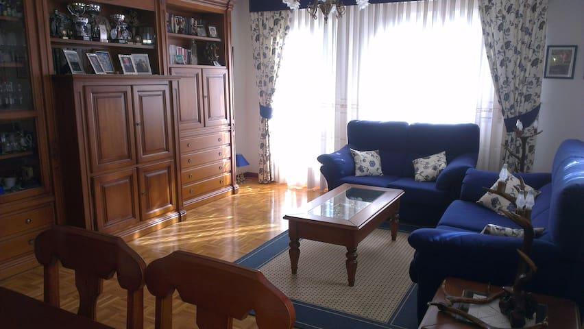 4 Habitaciones en chalet de pueblo proximo a A1 - La Puebla de Arganzón - Ev