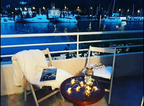 Dejlig lejlighed ved havet med gratis parkering