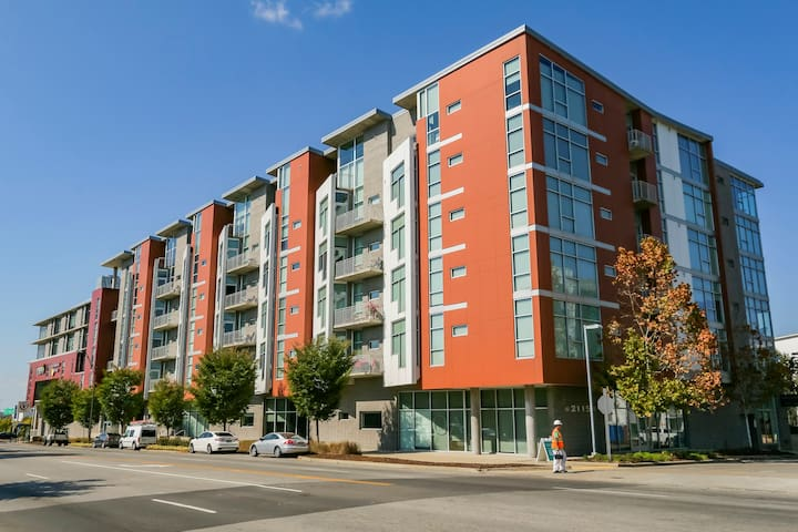 """Located within the architectural award winning """"5th and Main"""" residential / commercial development in the heart of downtown."""