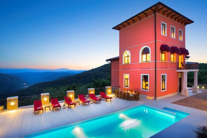 Villa Palazzo Angelica *****