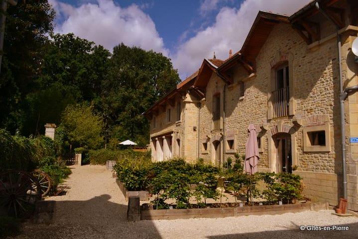 Gîtes en Pierre - Champagne Ardenne - Haute Marne