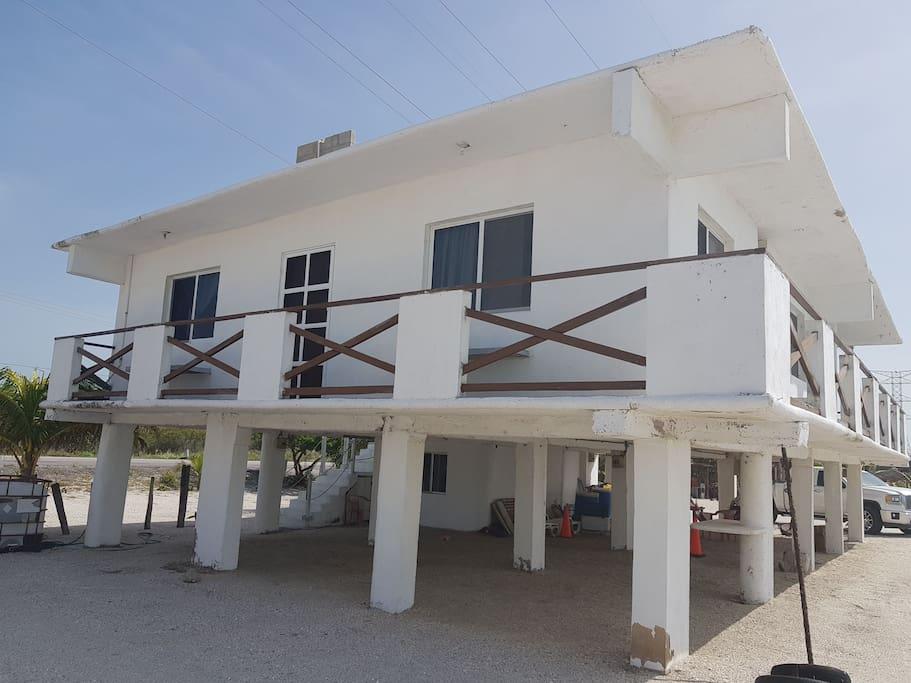 Vista Lateral de la casa frente al mar