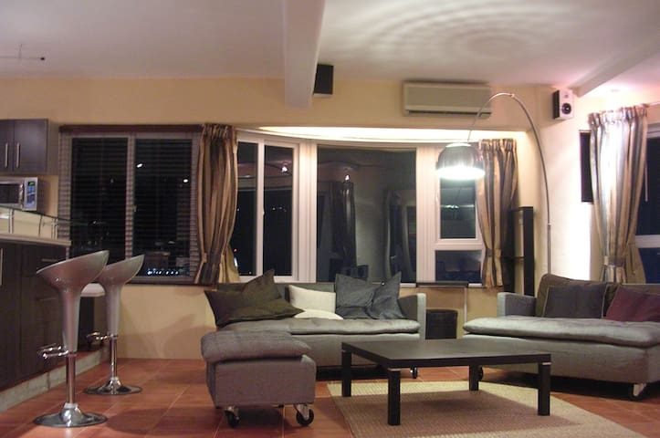 Top floor, Apartment, 1.2km from Cotai - Macau - Appartement