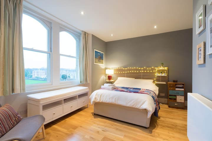 Clifton village getaway with a view - Bristol - Apartemen