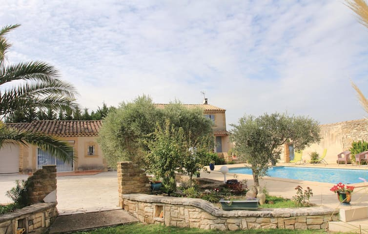 Semi-Detached with 1 room on 33 m²
