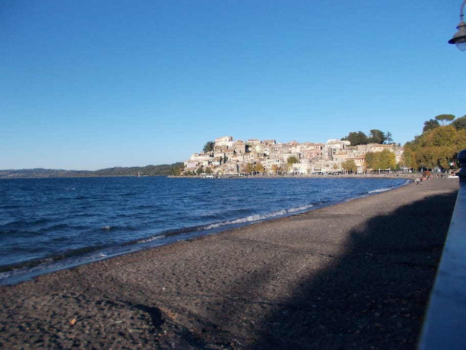 la torretta del lago - Houses for Rent in Anguillara Sabazia, Lazio ...