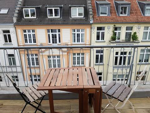SelfCheck-IN l 20m² Terasse-Appartment/Stadtmitte
