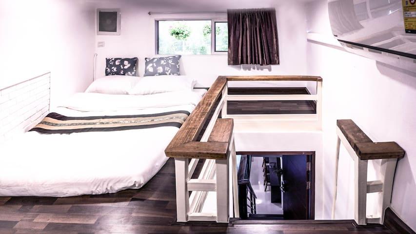 Bedroom #3 (two floor inside) - 1 queen size bed on the upper floor