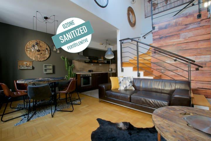 Luxury Apartment in Gozsdu Court 2 bedr.+ 2 bathr.