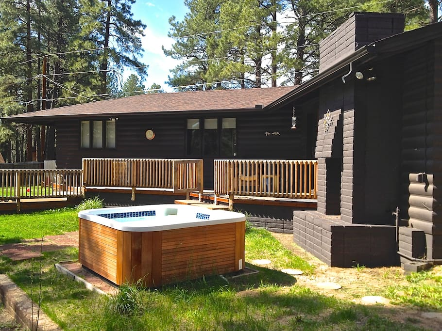 The shop hot tub dog friendly retreat cabins for for Az cabin rentals with hot tub
