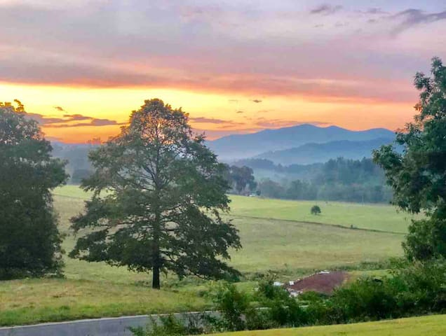 Beautiful sunset view from the Franklin Farmhouse.