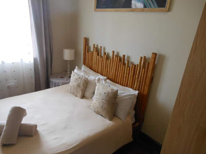 Bay Vista - Double Room with Private bathroom