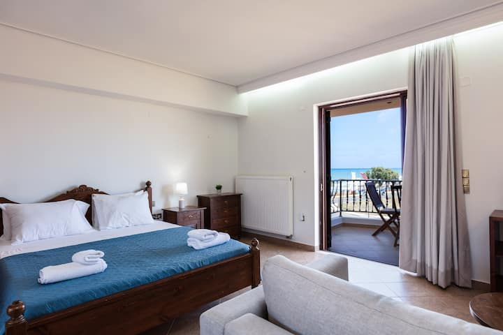 Kahlua Bay - Studio with Sea View
