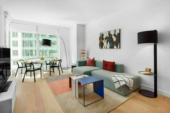 Stellar Apartment in Heart of Murray Hill