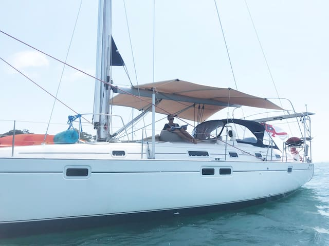 Sunkissed Gourmet Sailing Adventures-Fully catered