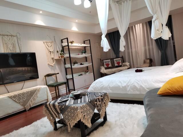 万达波西米亚风情大床公寓