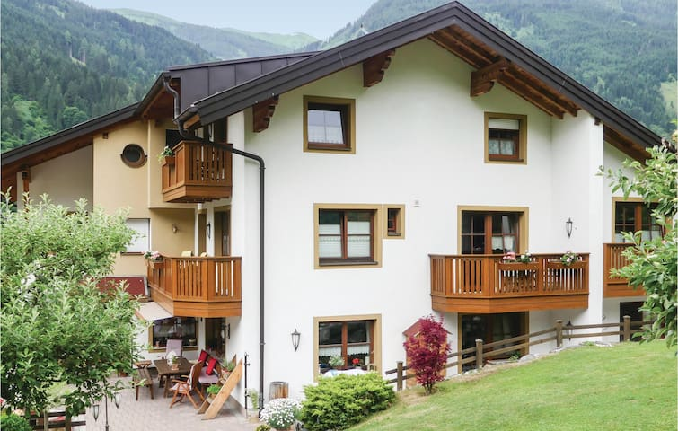 Holiday apartment with 2 bedrooms on 55m² in Bad Hofgastein