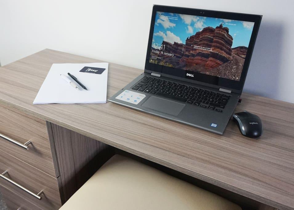 C   Alderley Apartment Work Desk