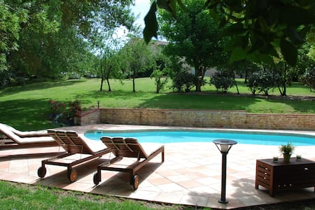 Intimacy, Comfort and Charm in Lauragais