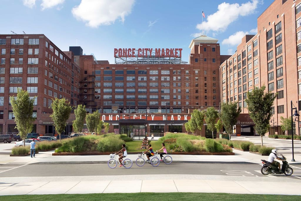 ~10 minutes from the beautiful Ponce City Market