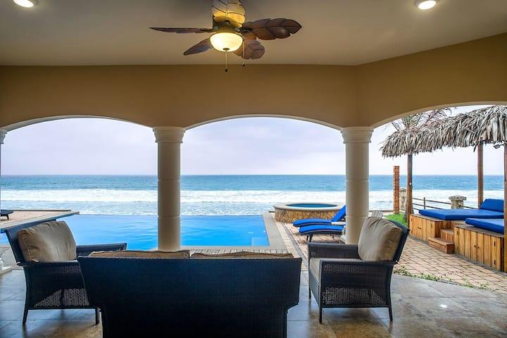 Twilight Tide - Beachfront Villa