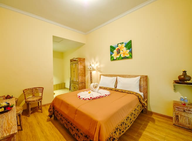 Comfortable & Convenient accommodation for 6pax