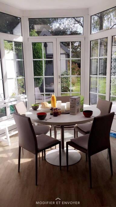 location chambre et salle de bain privative townhouses for rent in villeneuve d 39 ascq nord pas. Black Bedroom Furniture Sets. Home Design Ideas
