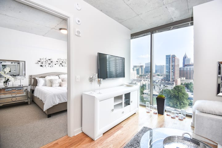 ♛ Business District | King Bed | Rooftop | Gym