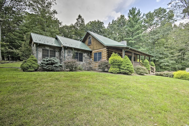 Creekside Berkeley Springs Cabin on 35 Acres!