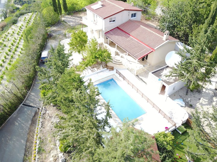 Villa Mayzus