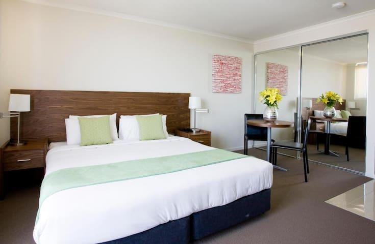 Outstanding Stay Near Brisbane City Center