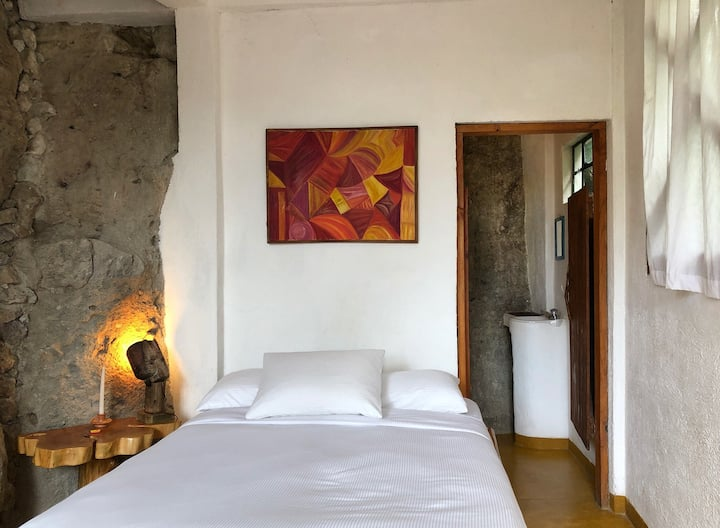 Lush Atitlan Room with shared bath in San Marcos
