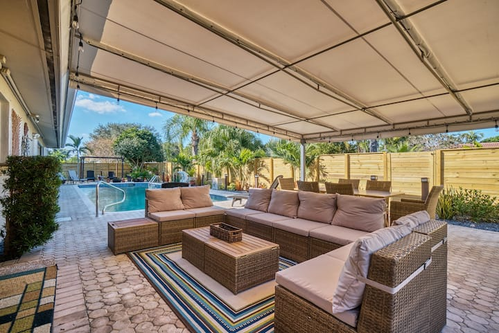 MIA VILLA! 4BR Ft Lauderdale oversize heated Pool