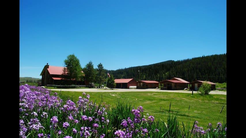 Black Powder Guest Ranch