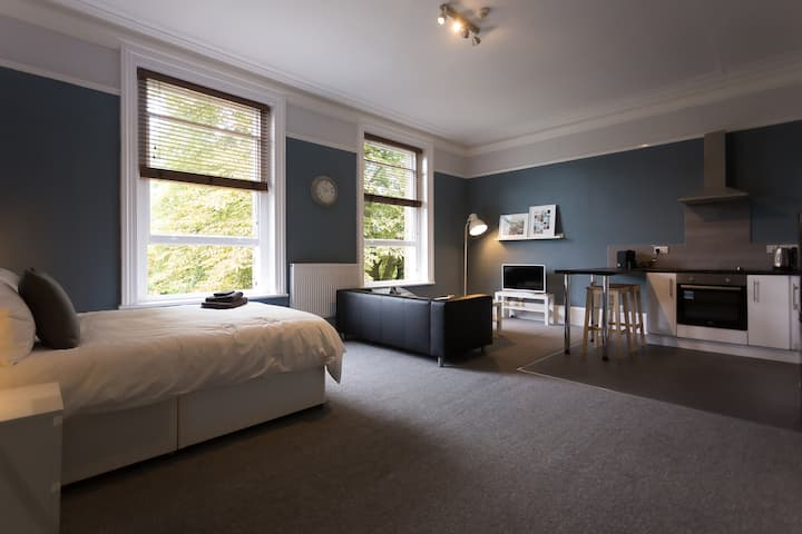 ★Studio near University, Ecclesall & Peak District