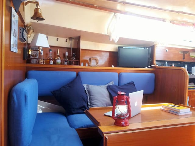 Piccolo B&B Sailboat with WiFi - Alicante - Barca