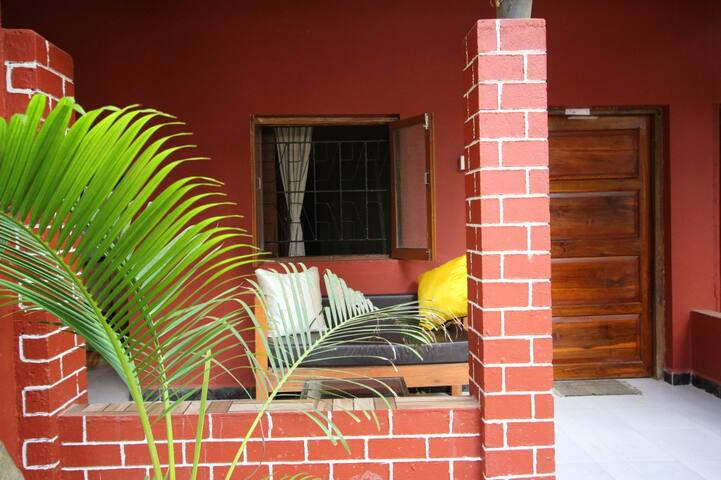 2STANDARD GROUND FLOOR AC ROOM ON AGONDA BEACH