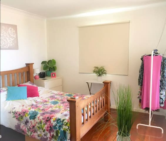 En-suite, bright room with balcony & pool view