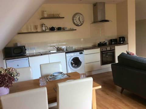 Cassard House 1 bed upstairs apartment