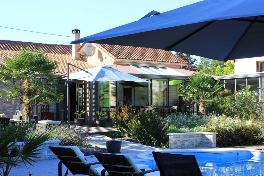Grande Maison De Campagne Avec Piscine Cottages For Rent In