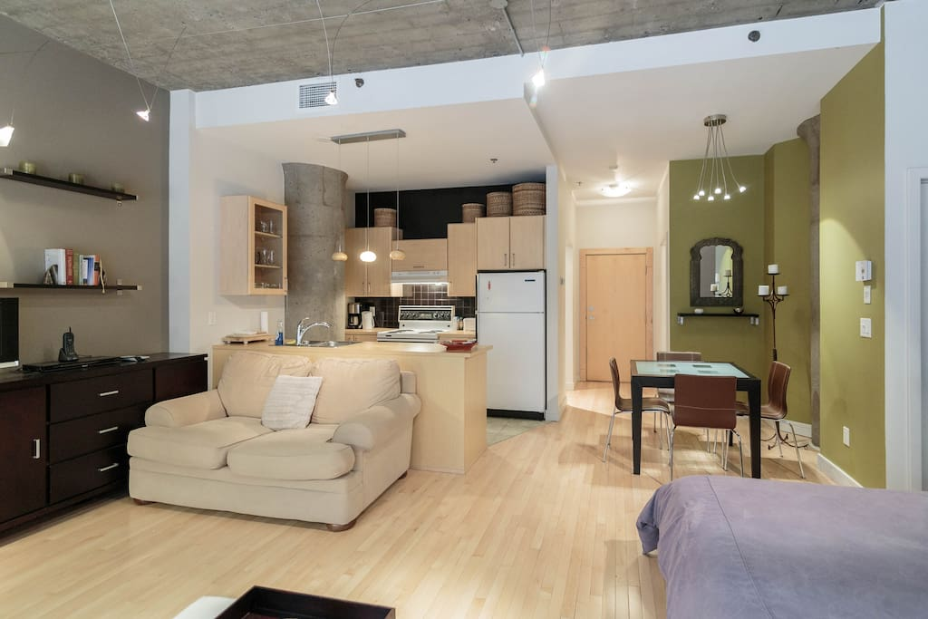 Open Loft Concept and fully equipped Kitchen
