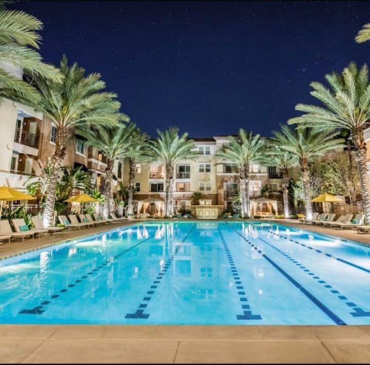 Luxury cozy get away in Irvine