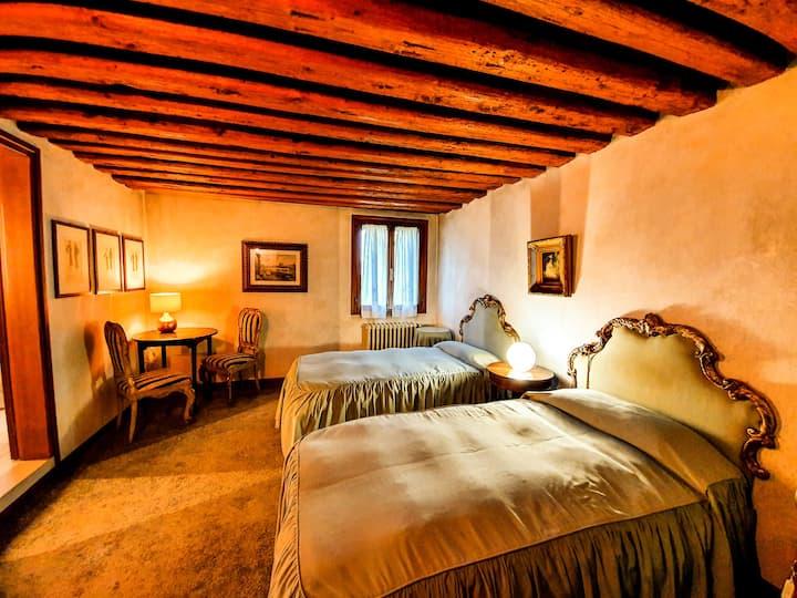 Villa Foscolo - Camera con due letti singoli