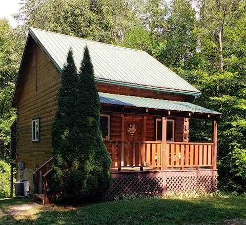 Hocking Hills secluded romantic cabin